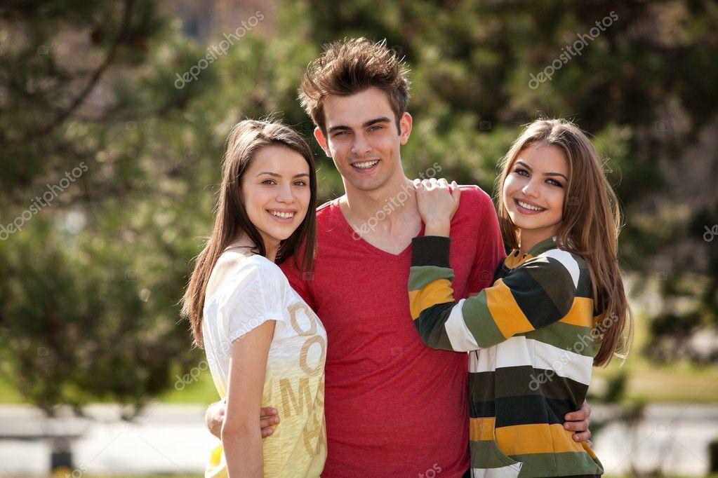 Somos Dos Chicas-Mujer 3935