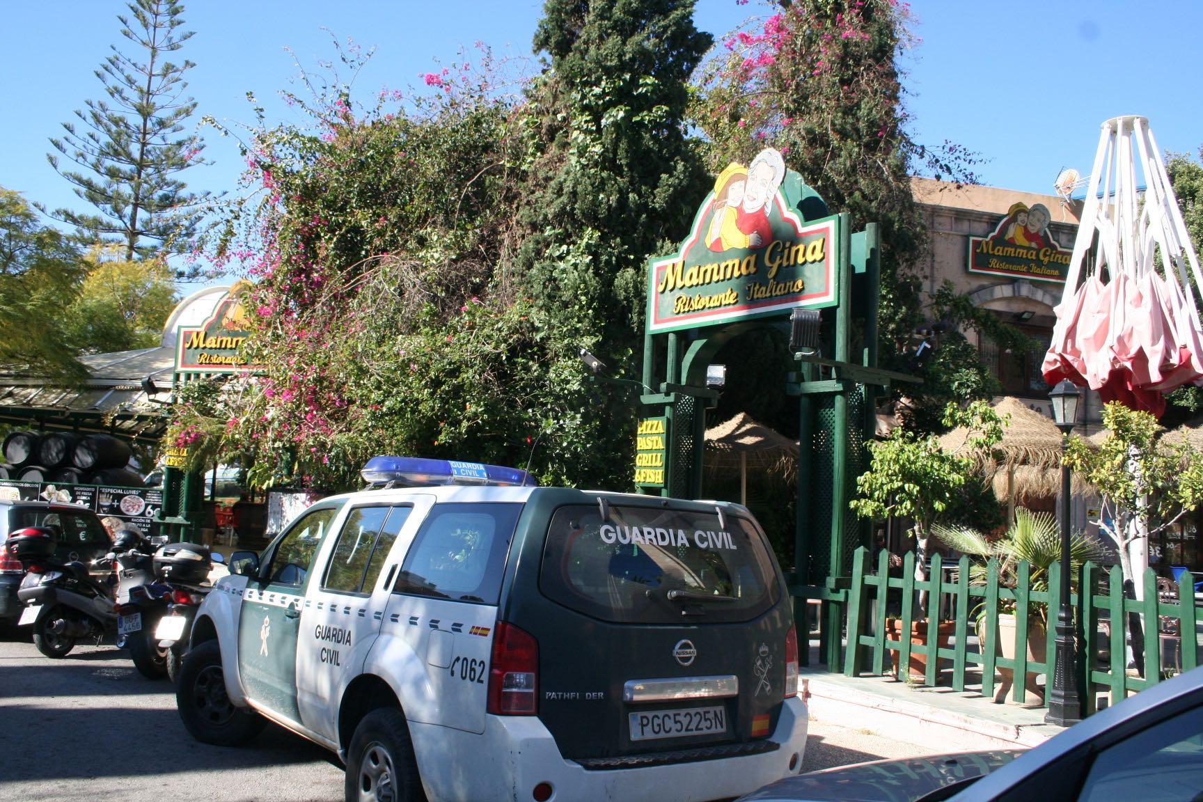 Liberales Buscan Chico Bix En Marbella 5968